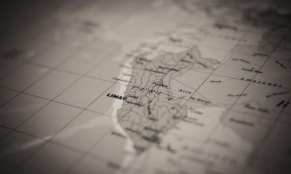 Mapa de Perú en Blanco y Negro